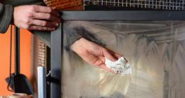 Как правильно чистить камин? фото